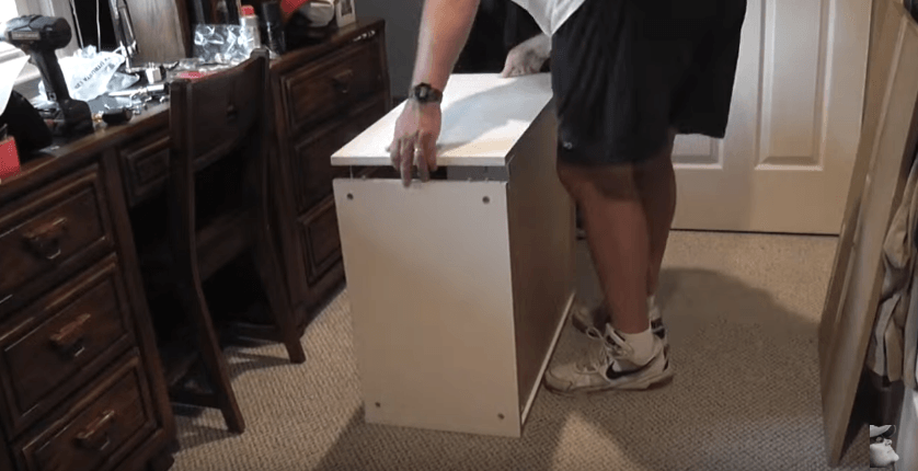 Assembling cabinets