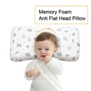 When choosing a flat head baby pillow, the primary concern of the parents should be safety and comfort.